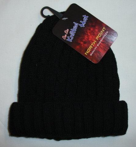 RH160, Adults cable design knitted hat £1.00.  pk12..