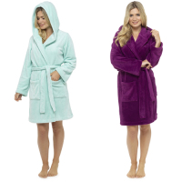 LN675, Ladies hooded fleece robe £8.40.  pk12..