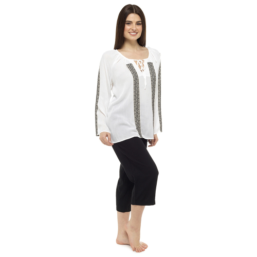 *LN780, Ladies long sleeve peasant top with taped sleeve £7.95.  pk24..