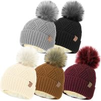 HAI689, Ladies Cable Hat with Cosy Fleece Liner & Faux Fur Pom Pom £2.40.  pk12...