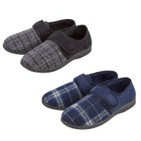 101B011, Mens check velcro strap slippers £3.20.  pk24...