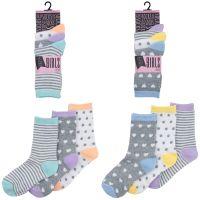 SK383, Girls 3 in a pack design socks £0.85.  12pks...
