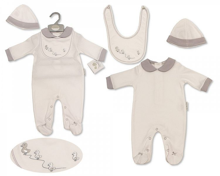 BIS2211, Baby All in One with Bib and Hat - Little Ducklings £6.15.  PK6...