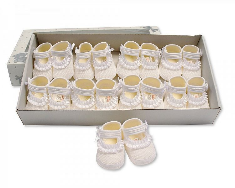 BSS364W, Baby Girls Booties with Ruffles - White £3.75.  PK12..