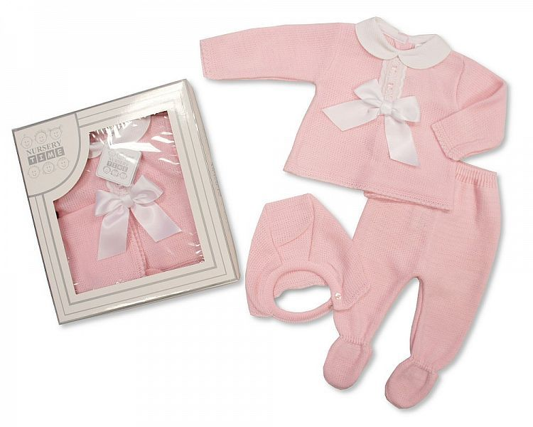 BW825, Baby Girls Knitted 3 Piece Set in a Box £8.40.  PK6...