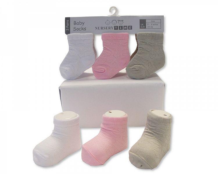 BW2205, Baby Girls 3 in a pack Socks- Heart £1.40.  8pks...