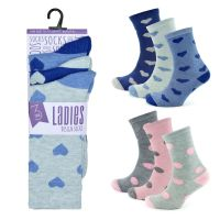 SK490, Ladies 3 in a pack design socks £1.00.  8pks...,