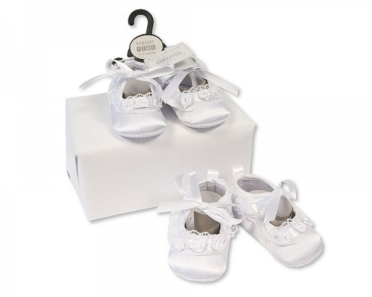 BSS813, Baby Girls Christening Shoes - Rosebuds and Lace £2.25.  PK8...