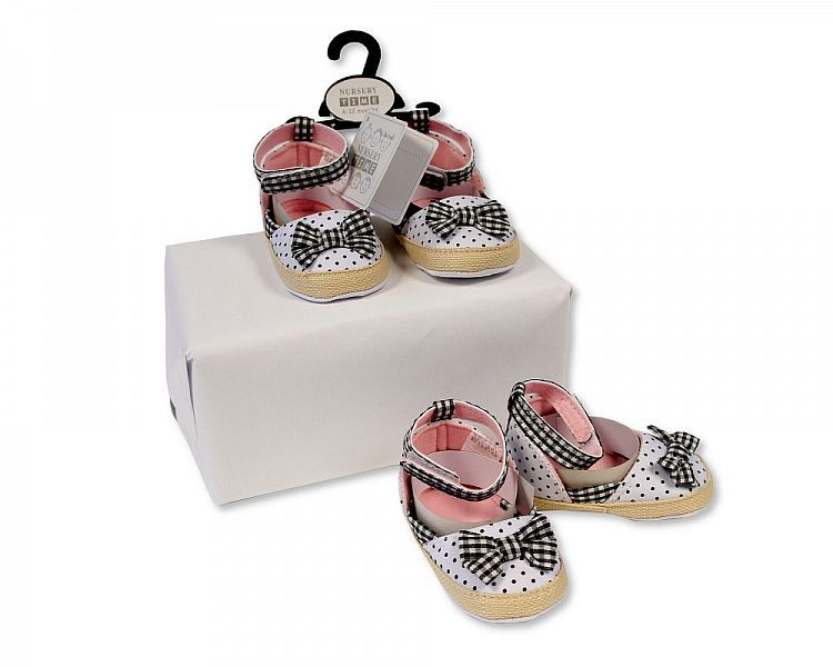BSS480, Baby Girls Sandals - Spots and Bow £2.25.  PK8...