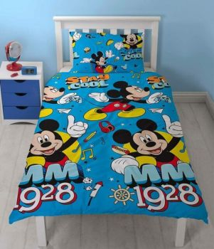 """*V0096, Official Mickey """"Cool"""" Reversible Single Duvet Cover Set £7.80. pk6.."""