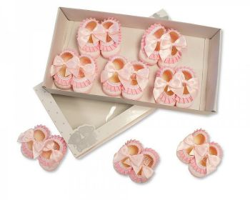 BSS366P, Baby Booties with Bow and Lace - Pink £3.90.   PK8....