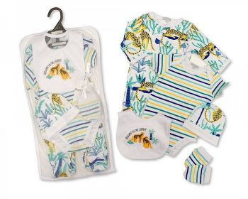GP1073, Baby Boys 5 Pieces Gift Set -Welcome to the Jungle (Sleepsuit, Short Sleeved Bodyvest, Bib, Hat, Mittens) £6.50.  PK6..