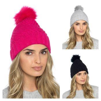 GL877, Ladies Bobble Hat £2.85.   pk48....
