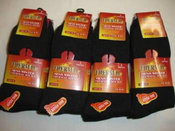 BB102, Mens big foot thermal socks- black.  1 dozen...