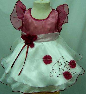 Code:4071S, Baby girls stunning party dress £7.25.  pk12.....