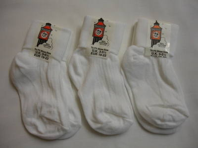 TOT1, Girls turn over top white ankle socks, 1 dozen...
