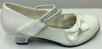 """Code:551/1W, """"Gorgeous Collection"""" girls beautiful party shoes in white £8.50.  pk12.."""