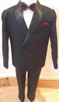 Code:N2, Boys 4 piece black suit including jacket,shirt,trouser & bow tie..