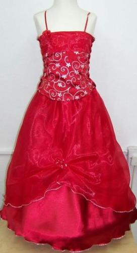 P04RED, A beautiful 3 piece red sleeveless dress £15.00.  pk3....
