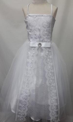 P06WHT, A beautiful sleeveless white dress £17.50.  pk6....