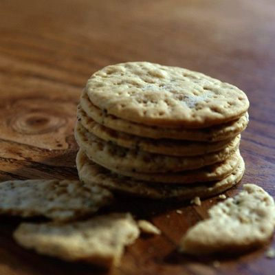 Biscuits & Crackers For Cheese