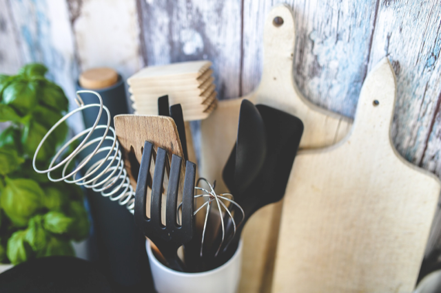 Kitchen & Home Gifts
