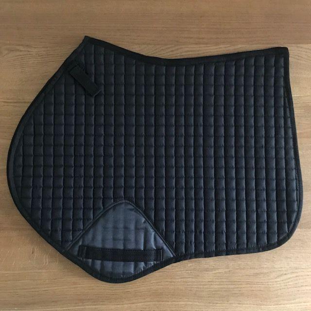 Close Contact Saddle Pad: Black, Full Size