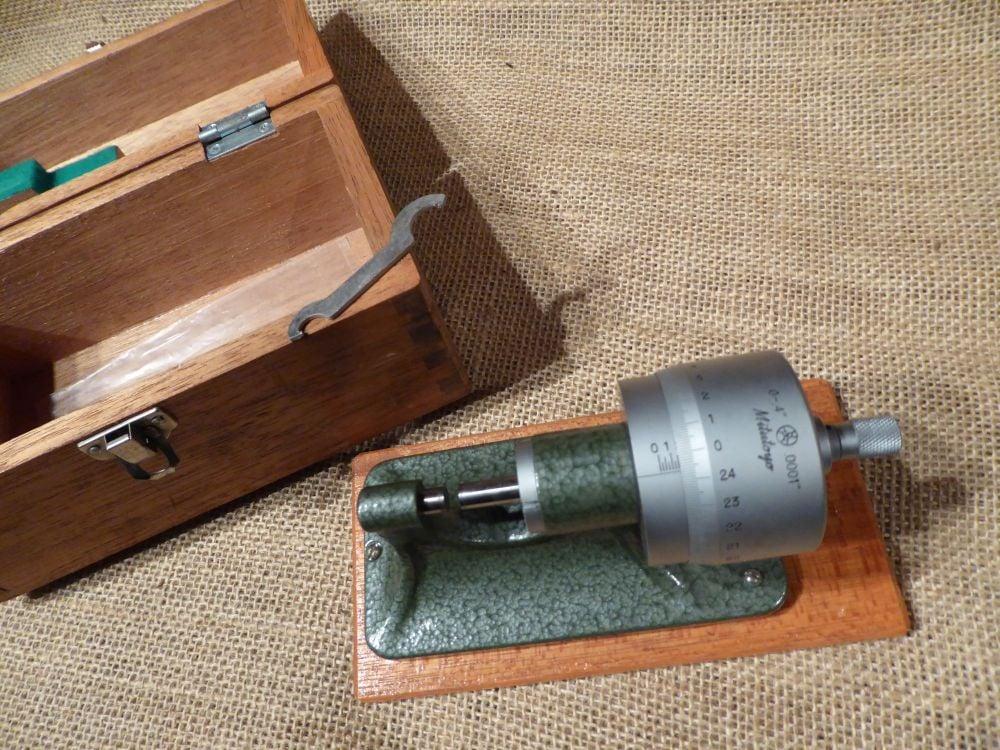 "Mitutoyo No.121 - 102 Bench Micrometer 0 - 0.4"""