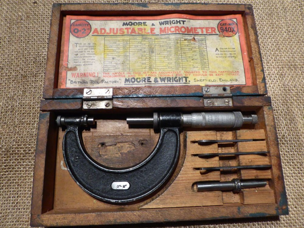 Moore & Wright 940 0-2