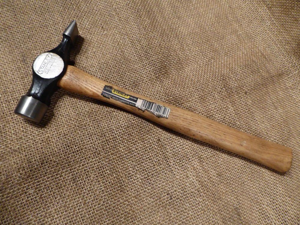 Stanley W2 12oz Cross Pein Hammer - Made In England