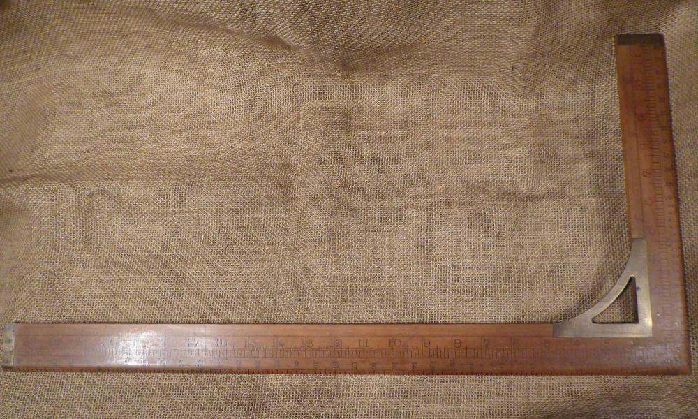 Rabone No. 1513 Tailors Boxwood Square