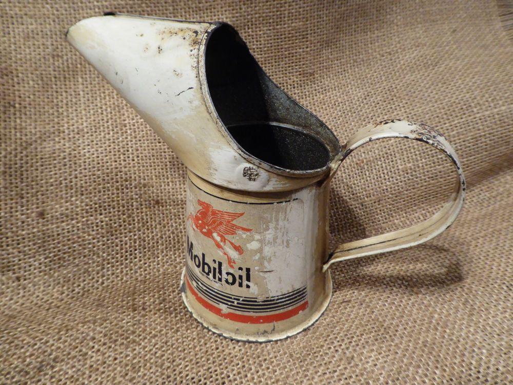 Mobiloil 1/2 Pint Oil Pourer - Made In England