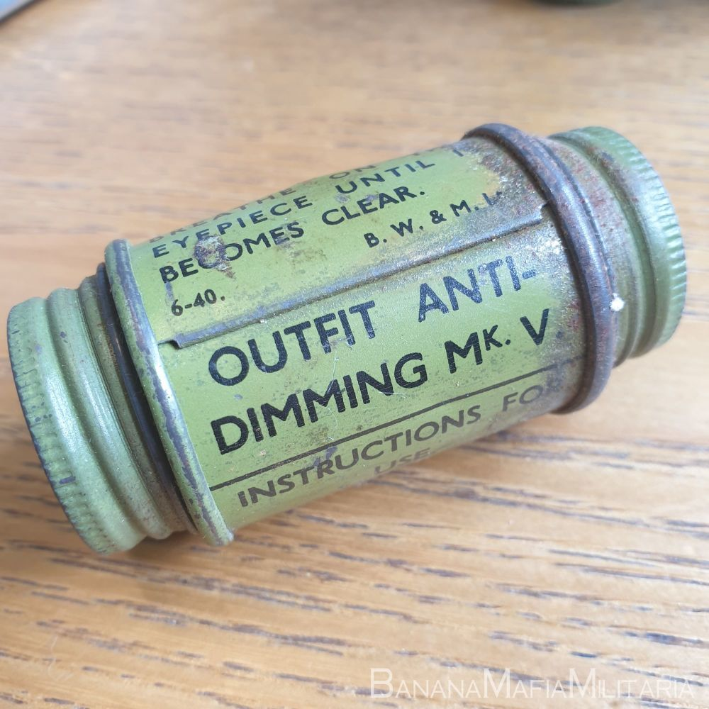 Outfit Anti-Dimming MKV 1940