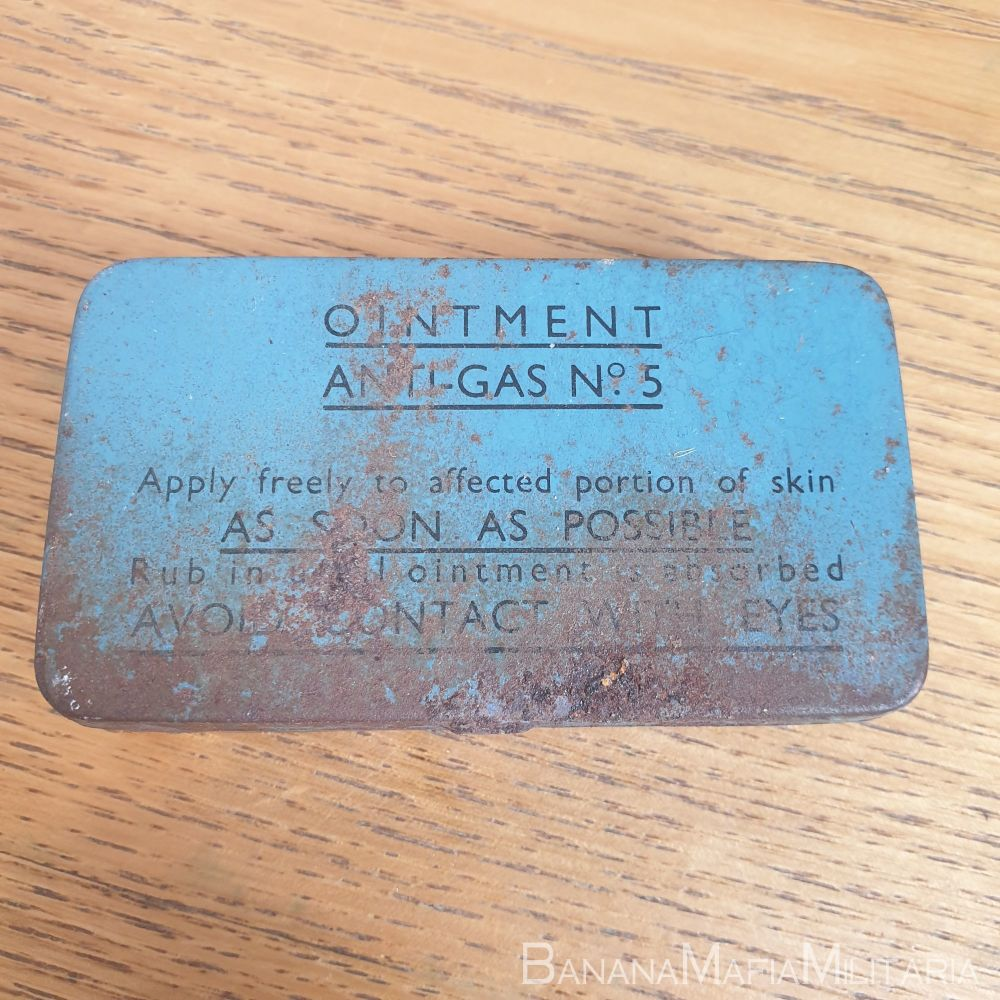 Ointment Anti-Gas Tin No5 1943 dated COMPLETE Rarer Small tin