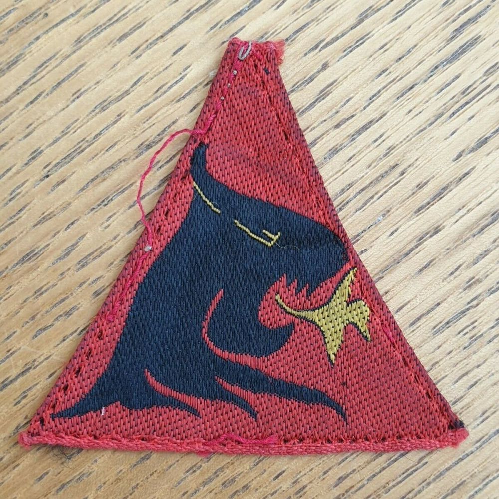 BRITISH 19TH INFANTRY BRIGADE EMBROIDERED FORMATION SIGN BADGE -