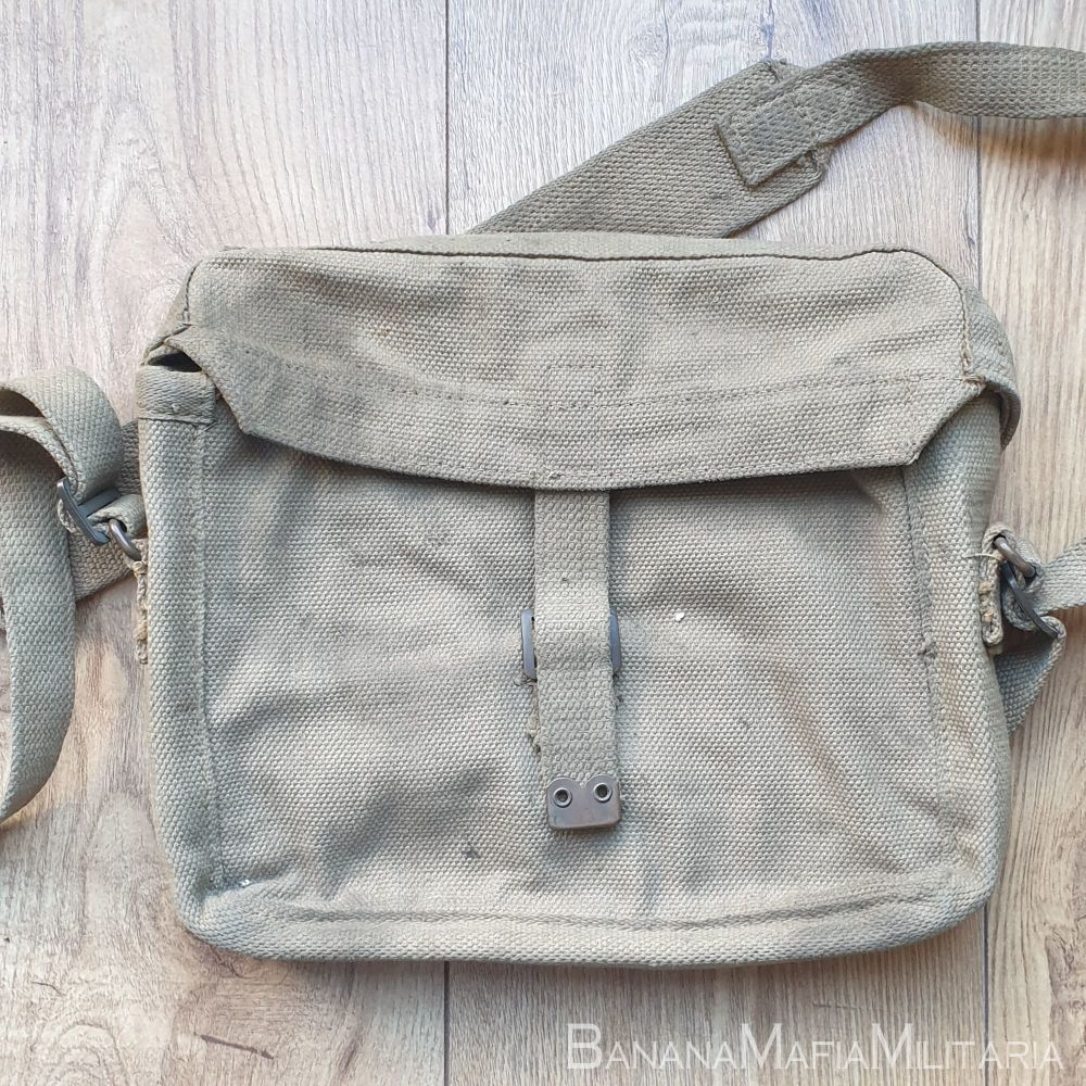 WW2 1937 Web Equipment, Patt. '37, SIGNALS satchel