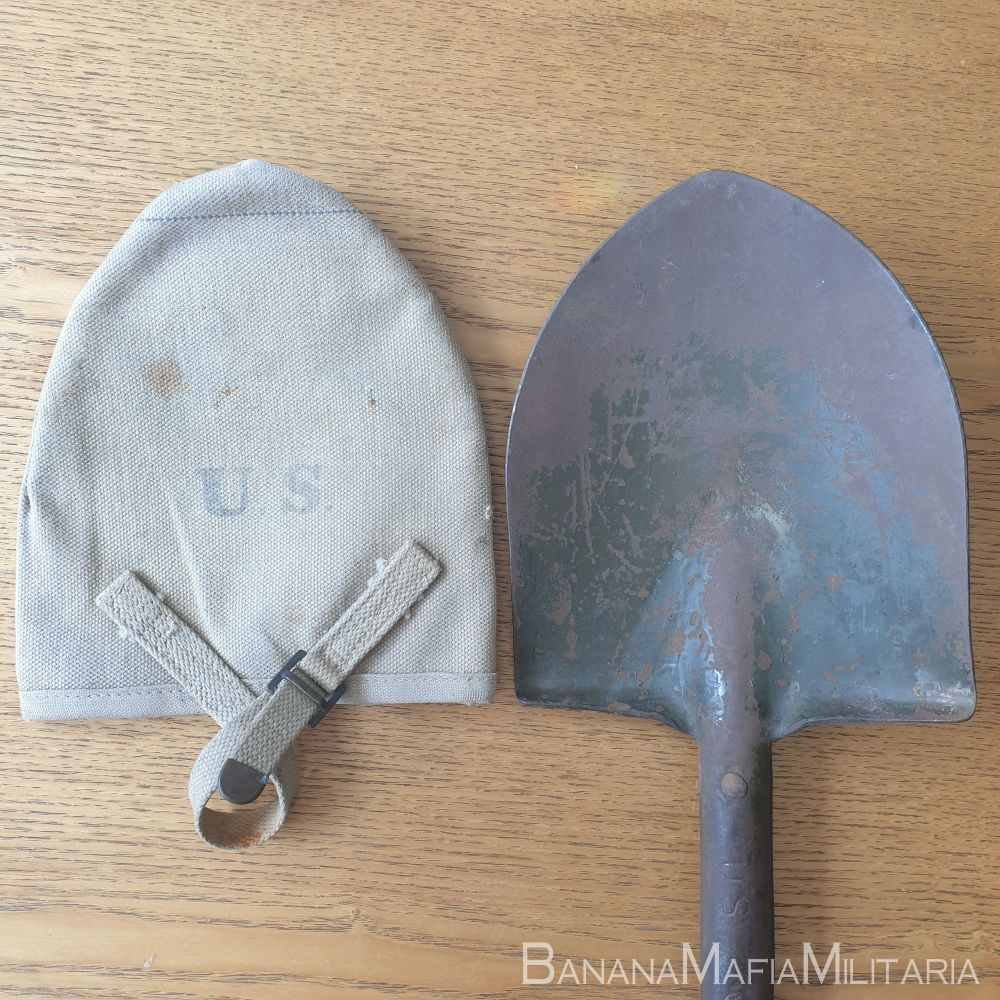 WW1 US M1910 T-handle shovel  and 1918 dated Cover  - ORIGINAL