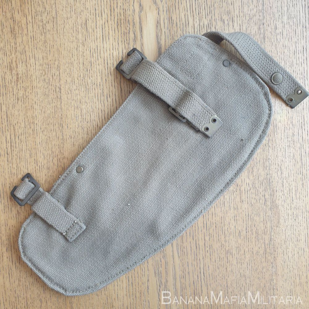 British Implement, entrenching, 37 Pattern carrier, cover 1949