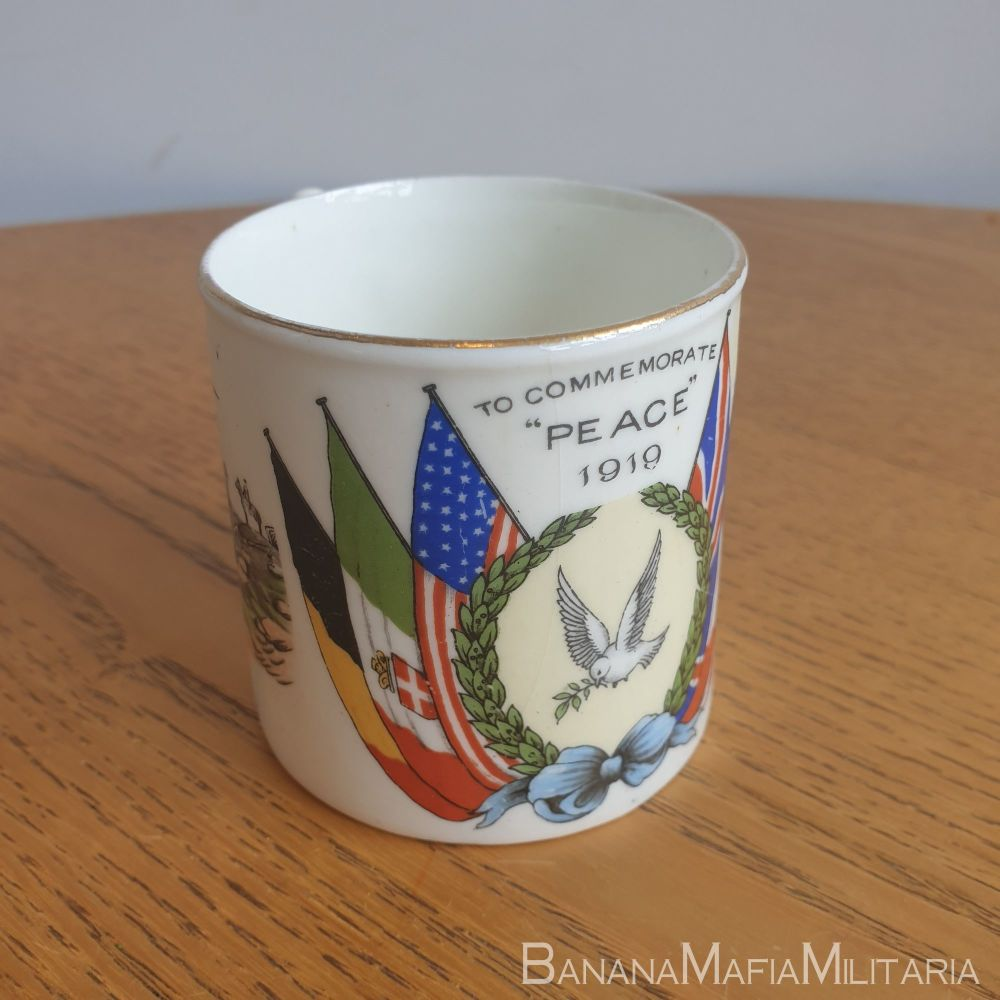 WW1 british Peace Cup - Aynsley Pottery 1919 - from war to peace