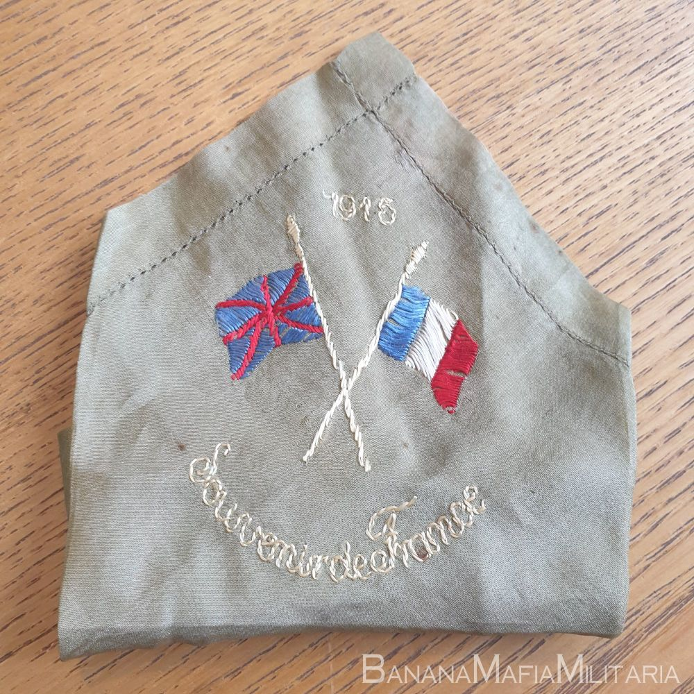 WW1 British sweetheart souvenir silk handkerchief - 1915 from france