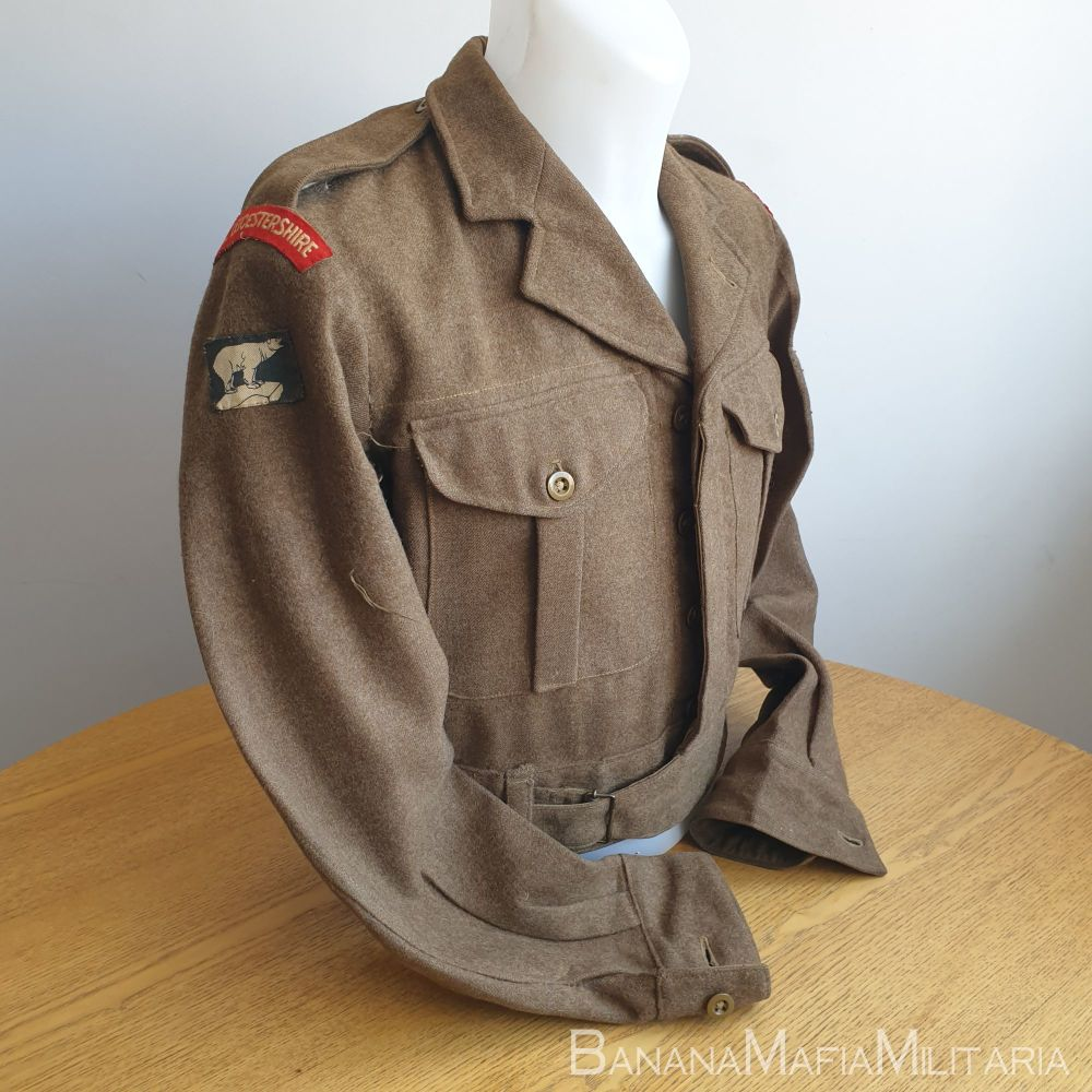 British Army 1949 Pattern Badged BD blouse - ROYAL LEICESTERSHIRE REGIMENT