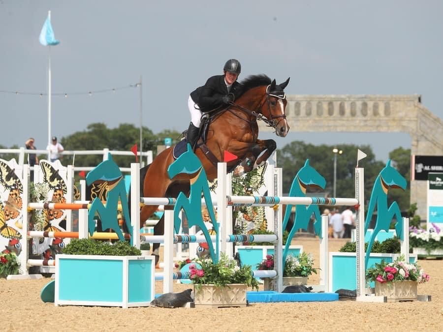 Kirsty Jumping