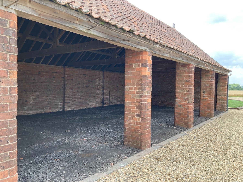 garaging-honies-farm-barns