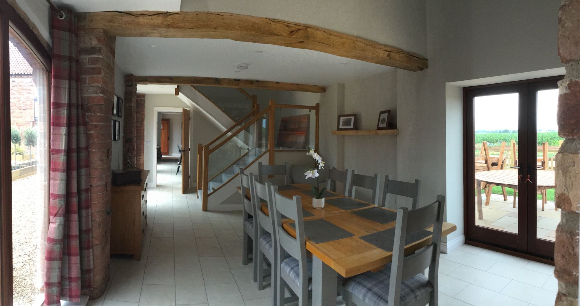 dining-area-in-the-archers.jpg