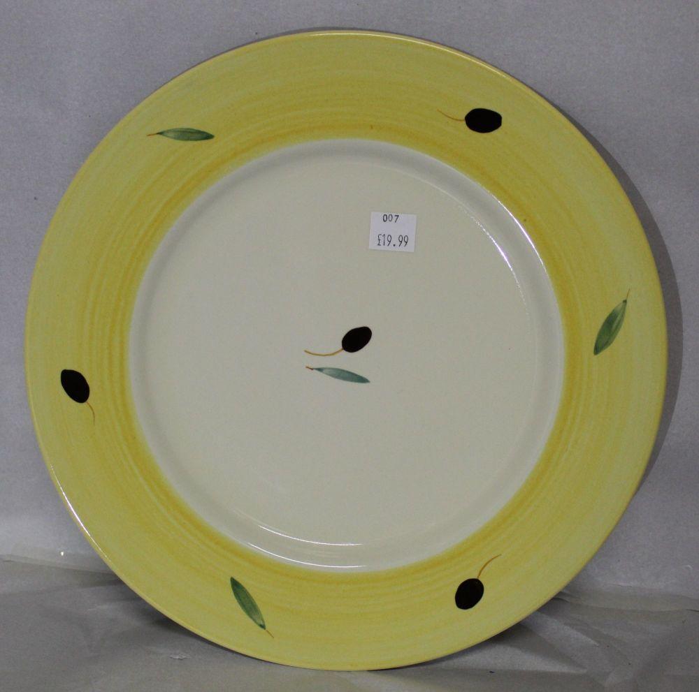 Fresco Dinner Plate Yellow