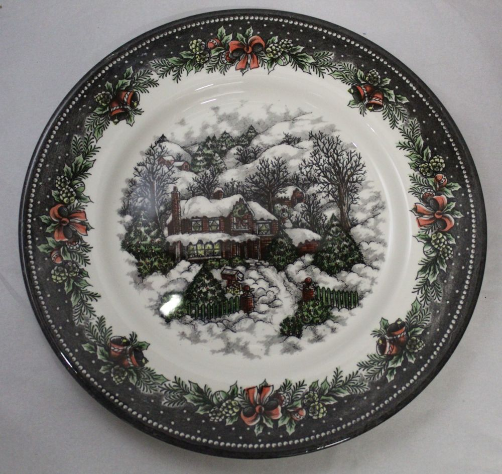 Themed Dinner Plate - Snowed in Cottage