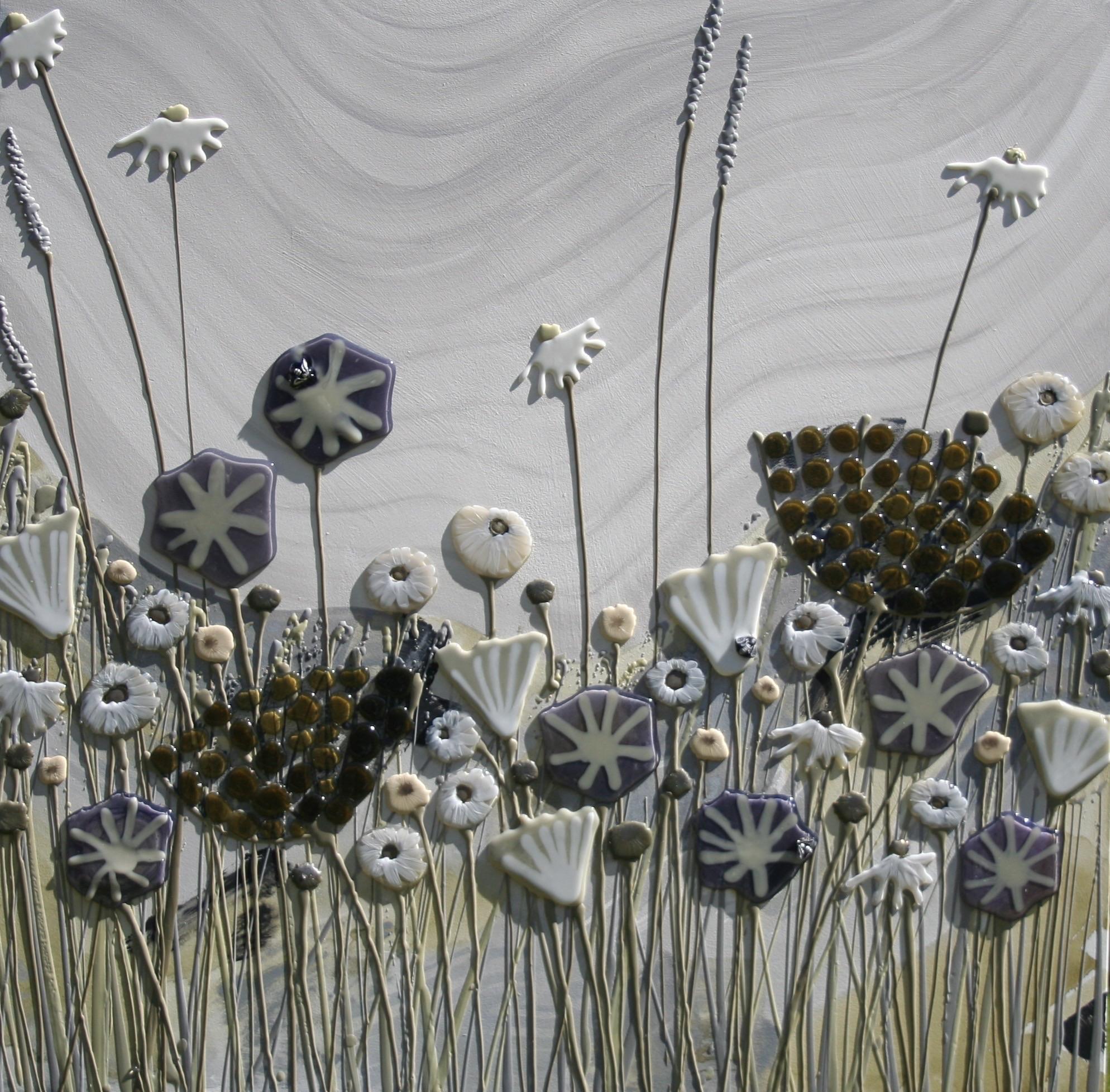 Grey Meadow Square - 90cm x 90cm
