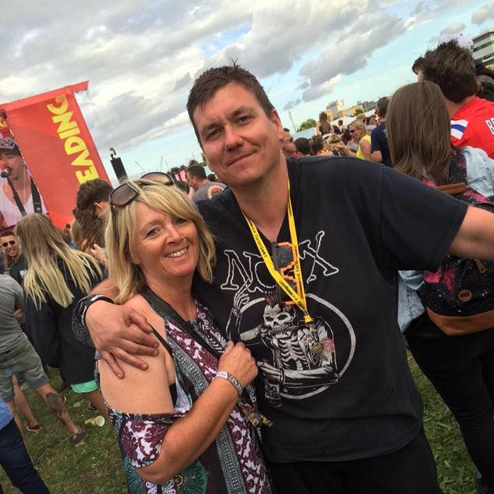 Helen and Matt Photo at Reading 2015