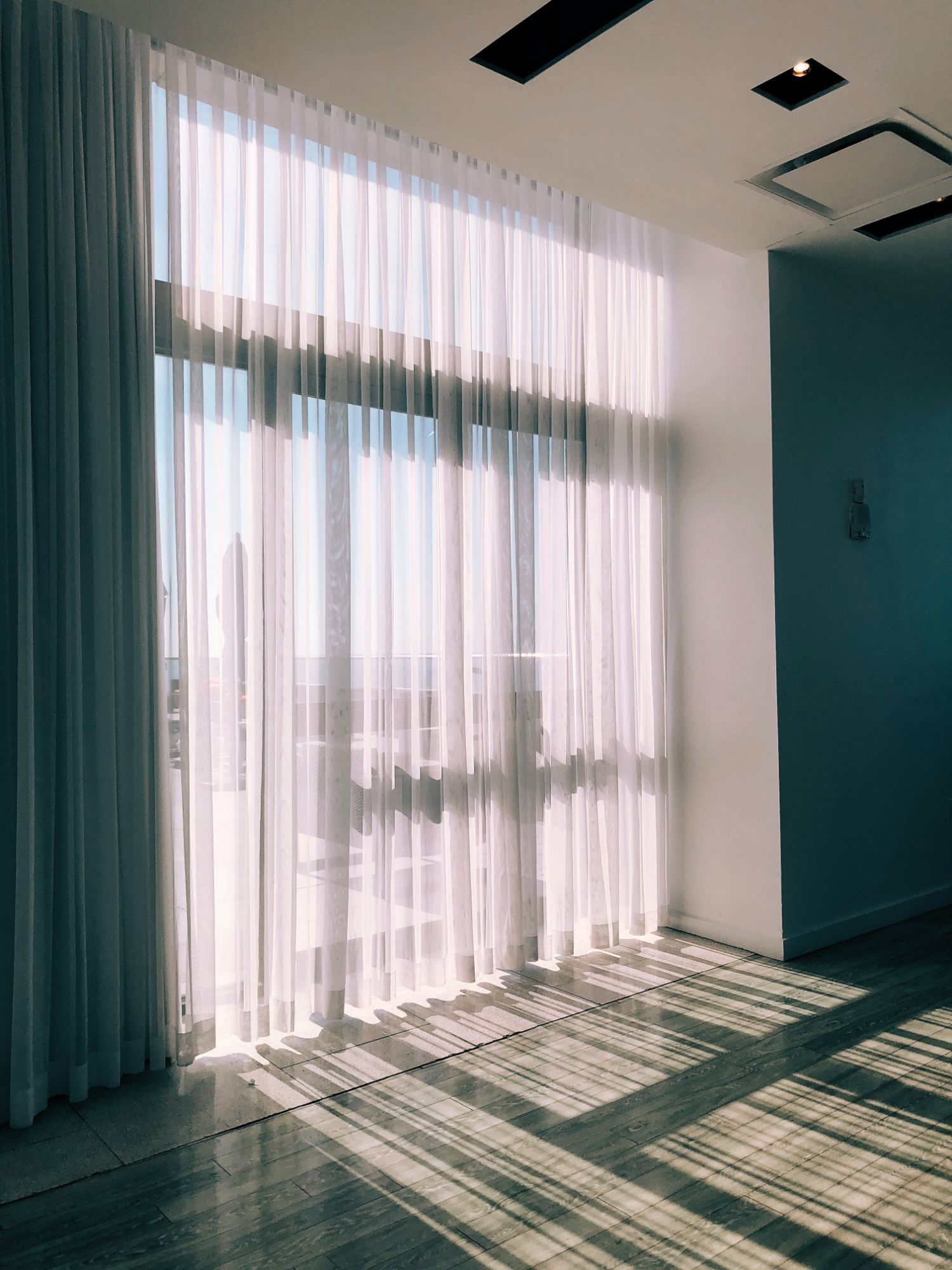 Curtain and Blinds Installations