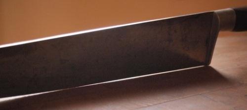 1. Re-heel or straighten a knife edge